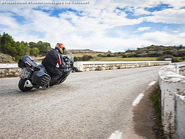 PoluxCriville-Motos-net-Sebas-Romero-Kawasaki-1400-GTR_206254