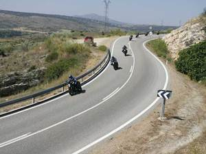 Curvas enlazadas Poluxcriville-motociclismo-es-curvas-enlazadas-moto-2