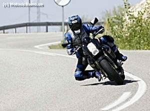 Curvas enlazadas Poluxcriville-motociclismo-es-curvas-enlazadas-moto-300x222