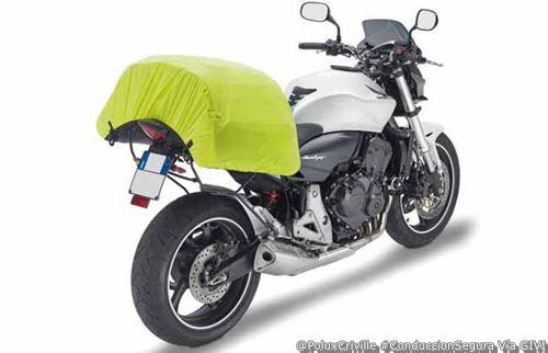 PoluxCriville-GIVI_Xstream-maletas-moto-equipaje-carga-conduccion-segura