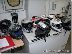 PoluxCriville-Motociclismo-es-comparativa-cascos-equipamiento-030810