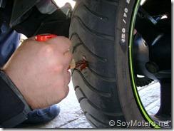 PoluxCriville-Soy-Motero-Net-Reparar-Pinchazo-moto-11
