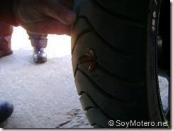 PoluxCriville-Soy-Motero-Net-Reparar-Pinchazo-moto-12