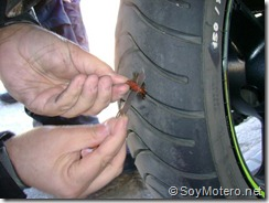 PoluxCriville-Soy-Motero-Net-Reparar-Pinchazo-moto-13
