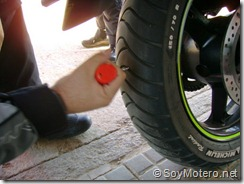 PoluxCriville-Soy-Motero-Net-Reparar-Pinchazo-moto-7