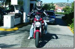 PoluxCriville_FormulaMoto_CaidaEnParado_6_GASOLINERA