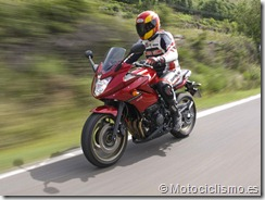 PoluxCriville_Motociclismo_es_prueba-50000-kms-yamaha-xj6-diversion-201210