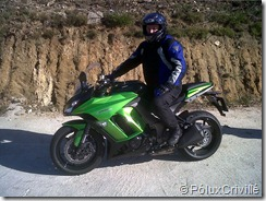 PoluxCriville_Probando_Kawasaki_Z1000SX_Grip_Moto_Karlangas (7)