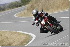 PoluxCriville-motociclismo-es-curvas-enlazadas