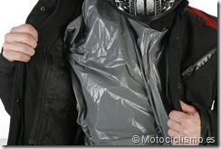 PoluxCriville-Motociclismo-es-Trucos-contra-agua (2)