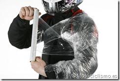 PoluxCriville-Motociclismo-es-Trucos-contra-agua (4)