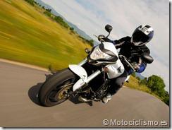 PoluxCriville-Motociclismo-es-honda-cb-600-f-hornet-K11-5