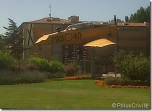PoluxCriville-Ruta-Nacional-601-120-avion-glorieta-rotonda-leon