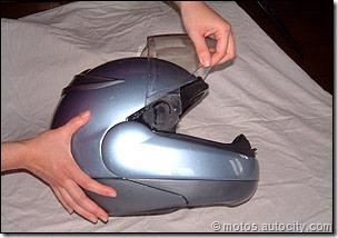 PoluxCriville-Motos-autocity-com-cascos-limpieza-mantenimiento (2)