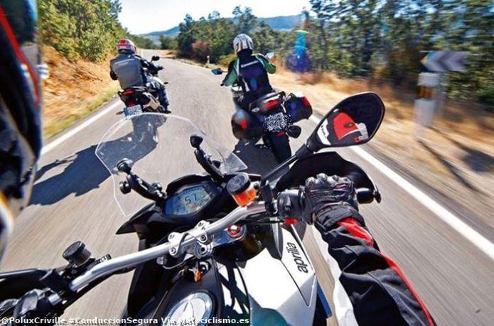 poluxcriville-via_motociclismo-es-conduccion-segura-moto-grupo-aprilia-caponord-kawasaki-versys-1000-triumph-tiger-1050