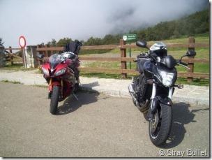 PoluxCriville-Stray Bullet-ruta-carretera-montaña-Riaño-Honda-Hornet
