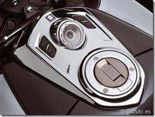 PoluxCriville_Suzuki-es-GSX1300-B-King_4