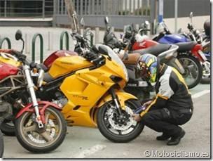 PoluxCriville-Motociclismo-es-prevenir-robo-moto