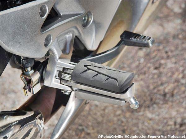 PoluxCriville-Via Motos.net-Felix Romero-ajuste-pedal-freno-trasero-interruptor-conduccion-segura-moto