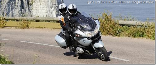 PoluxCriville-Formulamoto_es-moto-ruta-pasajero-curvas-BMW-RT-1200