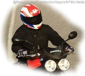 PoluxCriville-MotoWorld_es-Felix_Macias-moto-formacion-seguridad-vial