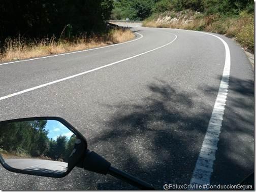 PoluxCriville-moto-ruta-conduccion-segura-Campo-Lameiro (1)