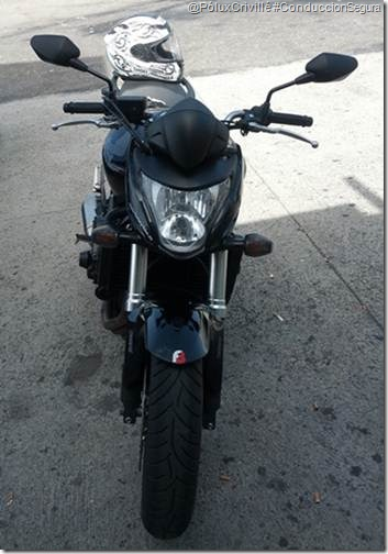 PoluxCriville-retrovisor-CB1000R-Hornet-moto-ruta-ConduccionSegura (1)