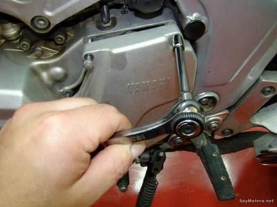 Cómo cambiar el kit de transmisión Poluxcriville-soymotero_net-cambiar-kit-transmision-moto-2