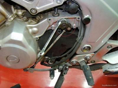 Cómo cambiar el kit de transmisión Poluxcriville-soymotero_net-cambiar-kit-transmision-moto-4