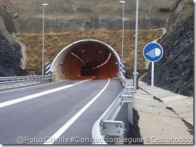 ConduccionSegura de motos en túneles Poluxcriville-autor-desconocido-via-racc-moto-ruta-seguridad-tunel-1