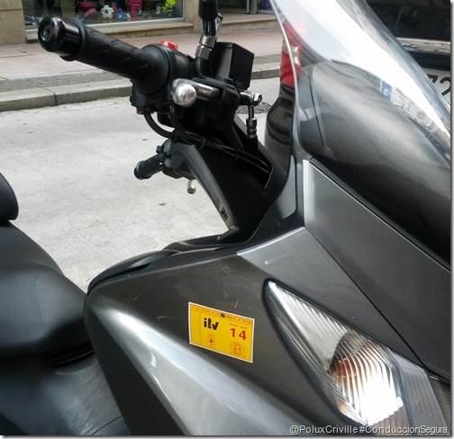 PoluxCriville-conduccion-segura-moto-itv-pegatina (8)
