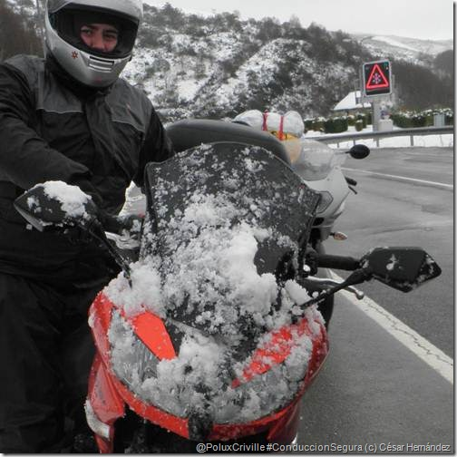 PoluxCriville-César_Hernández-consejos-no-perder-calor-moto-ruta-invierno