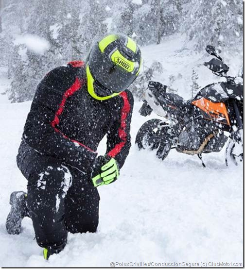 PoluxCriville-Moto1-Magazine-Nro-14-Informe-frio-moto-conduccion-segura