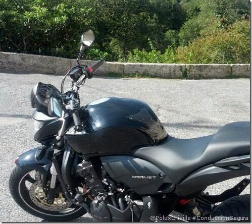 PoluxCriville-Hornet-conduccion-eficiente-moto