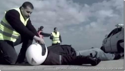 PoluxCriville-Jorge-de-Juan-Campaña-DGT-PAS-proteger-avisar-socorrer-moto
