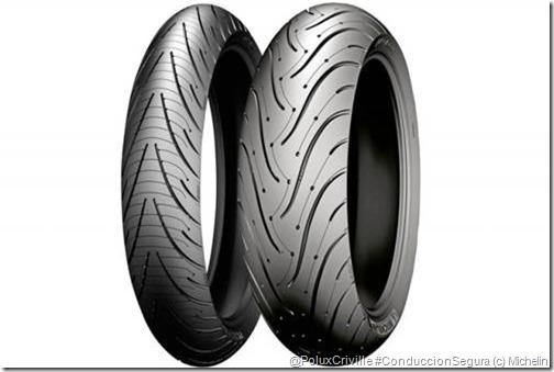 PoluxCriville-Michelin-Pilot-Road-3-moto-goma-conduccion-segura