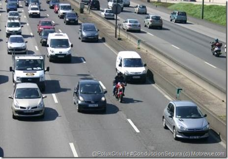 PoluxCriville-Motorevue_com-trafico-moto