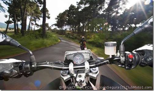 PoluxCriville_Clubmoto1_com-moto-cambios-marcha-conduccion-segura