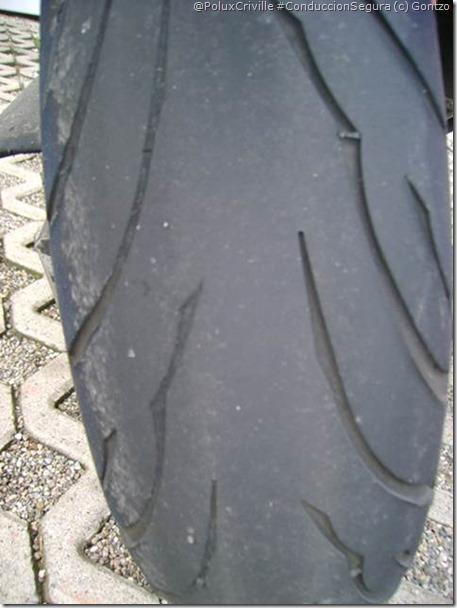 PoluxCriville-Gontzo-neumatico-moto-desgaste-irregular