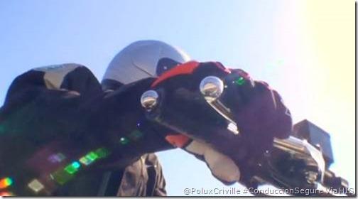 PoluxCriville-HIS-frenar-moto-curva-conduccion-segura