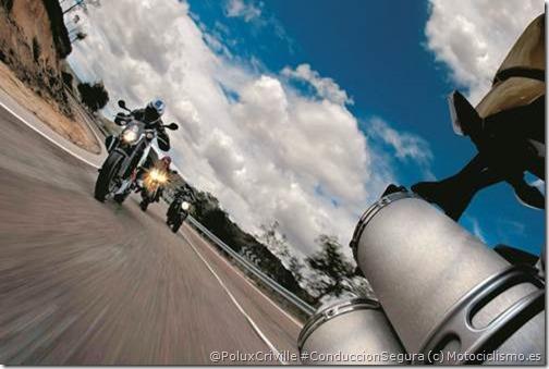PoluxCriville_Motociclismo_es-Juan Sanz-moto-conduccion-grupo-lider