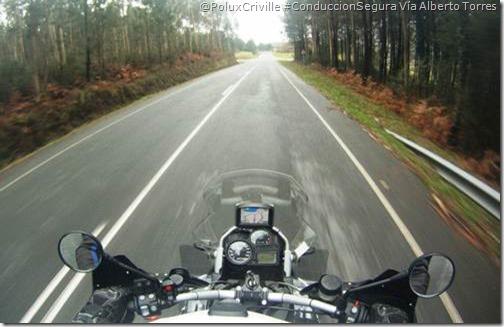 PoluxCriville-Alberto Torres-moto-ruta-mantenimiento