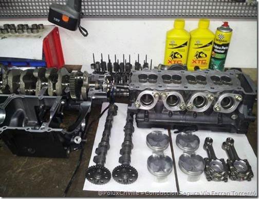 PoluxCriville-Ferran Torrentó Miró-moto-aceite-mantenimiento