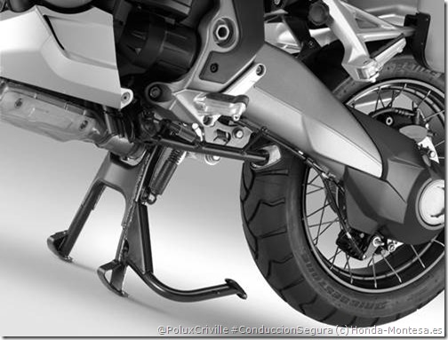 PoluxCriville-Honda-montesa.es-moto-caballete-Honda-CrossTourer
