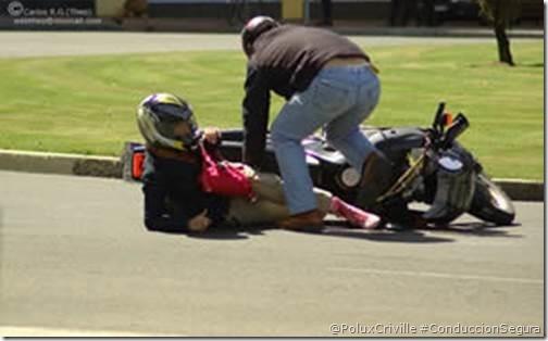 PoluxCriville-Desconocido-moto-accidente-gasoil-seguridad-pasiva-equipacion-