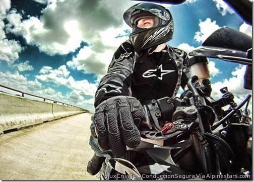 PoluxCriville-Vía-Alpinestar-moto-frenar-conduccion-segura-atencion