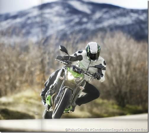 PoluxCriville-Kawasaki-GreenBox_45-moto-curva-velocidad-z800