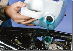 PoluxCriville-Via-Motociclismo.es-Juan Sanz-cambiar-refrigerante-moto-engrasar_mantenimiento-hibernar
