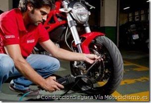 PoluxCriville-Via-Motociclismo.es-Juan Sanz-hinchar-ruedas_mantenimiento-hibernar