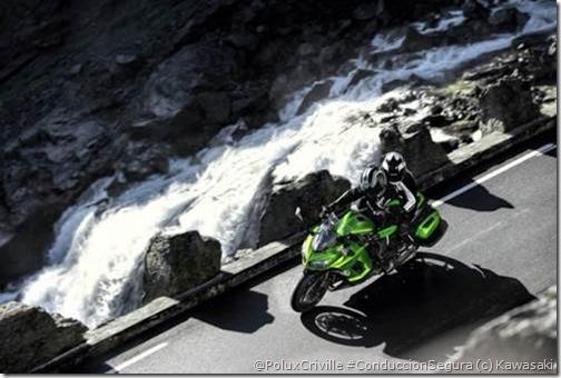PoluxCriville-Via-Motociclismo.es-Kawasaki-z1000sx-2014 (7)